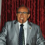 Francisco Chaguinhas critica Flavio Dino por favorecer grandes empresas.