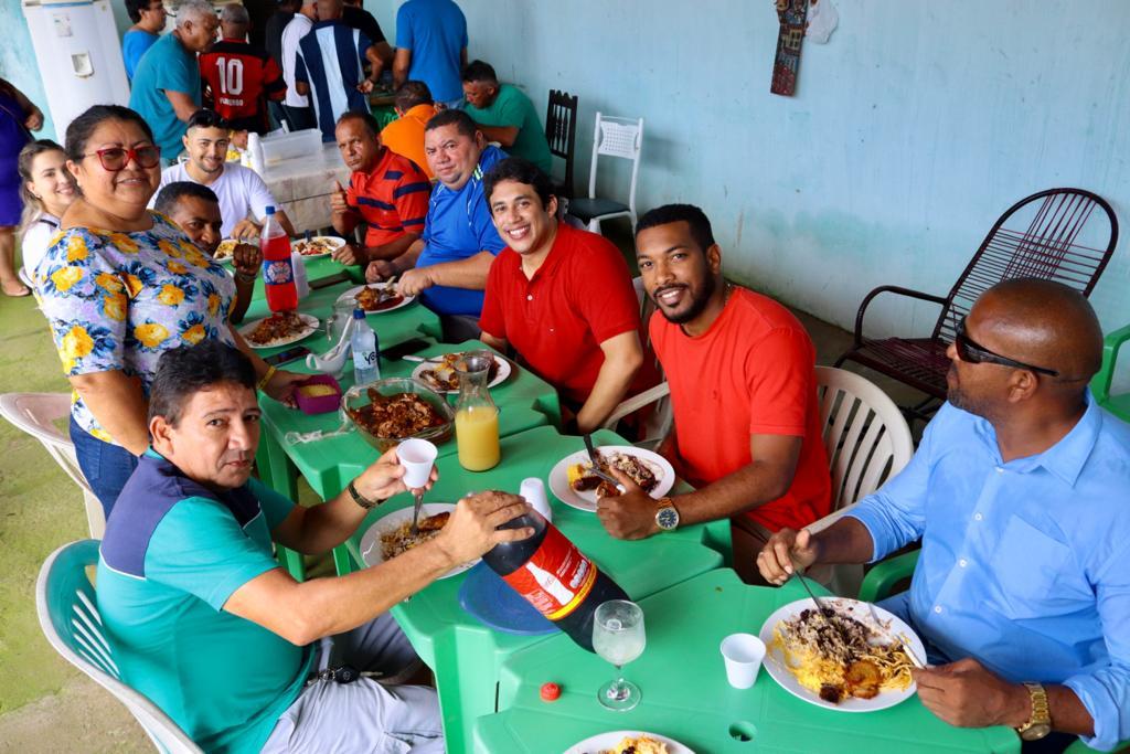 Vereador também reuniu-se com moradores do Santa Clara, Jardim América e Vila Riod.