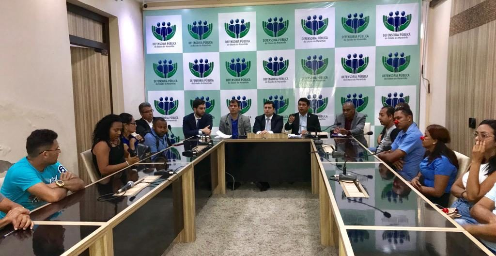 Vereadores mobilizam Defensoria Pública para evitar fim dos cobradores em ônibus