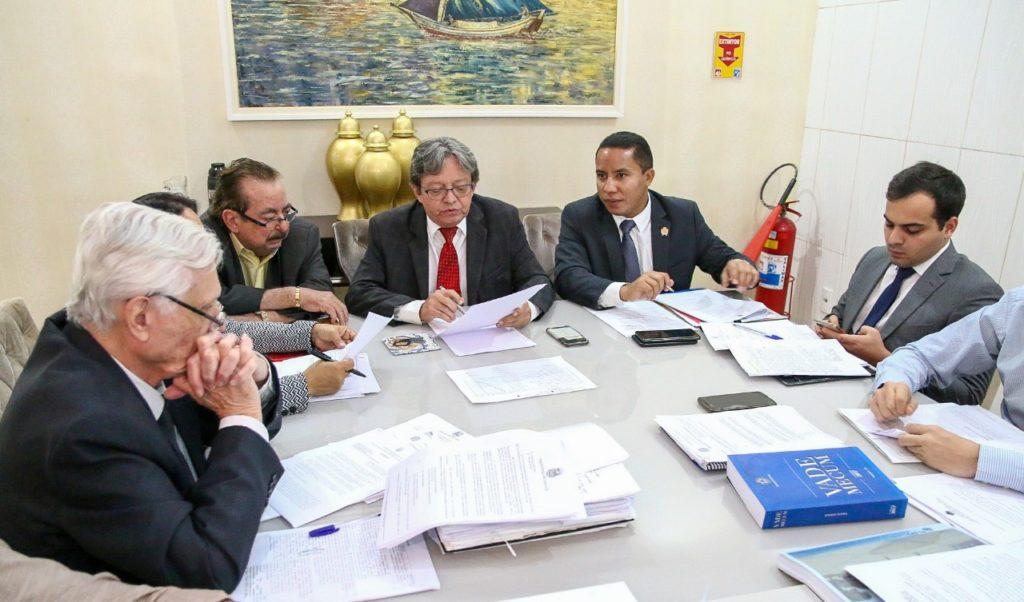 Comissão de Orçamento da Câmara analisa LDO de São Luís