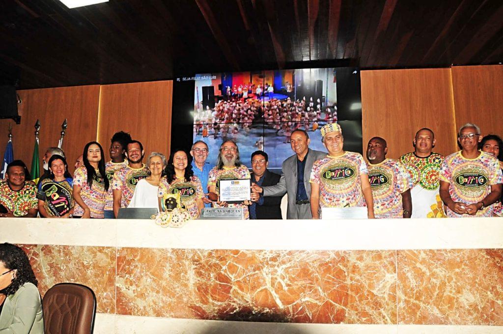 Câmara de São Luís homenageia 35 anos da Companhia Barrica