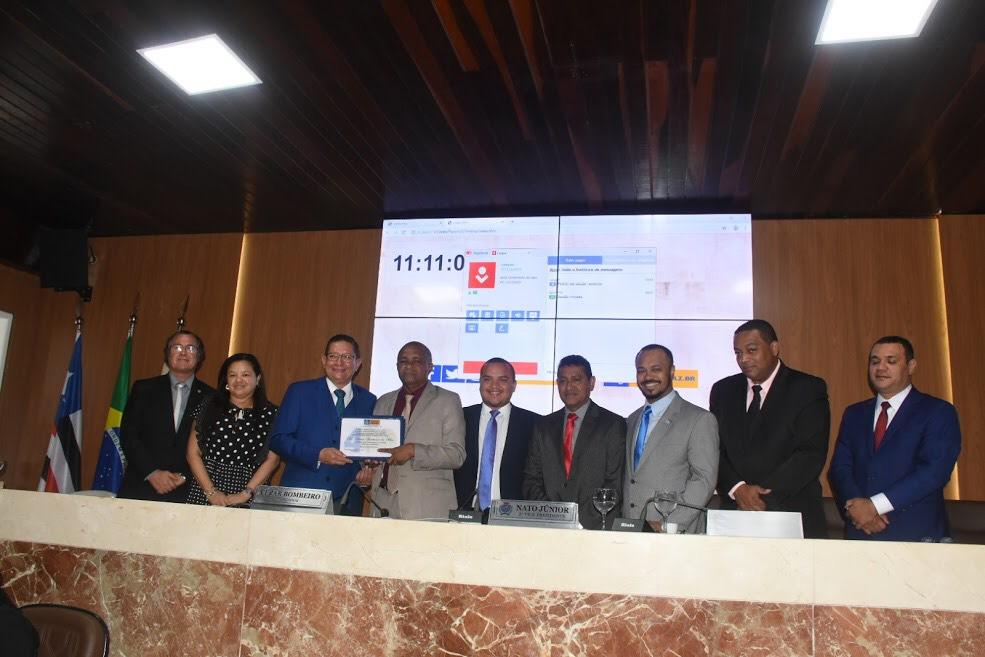 Dimas Salustiano é homenageado pela Câmara Municipal de São Luís