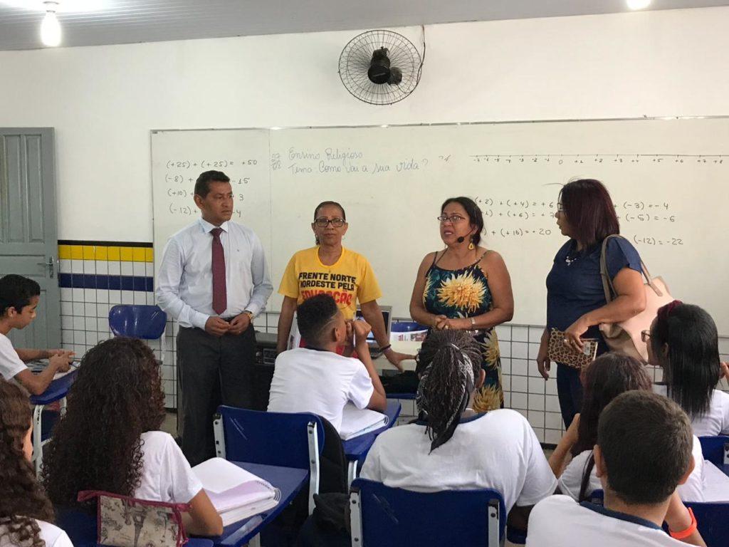 Vereador Osvaldo Muller visita UEB Professora Camélia Costa Viveiros