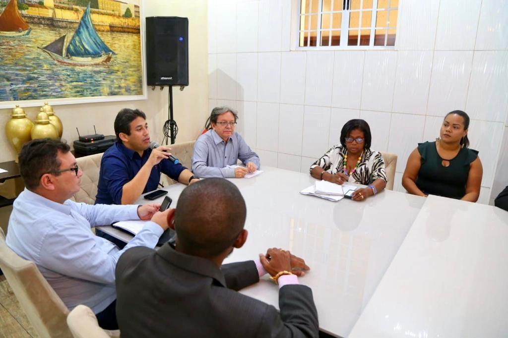 Vereadores dialogam com comerciantes sobre reforma dos Mercados e Feiras de São Luís