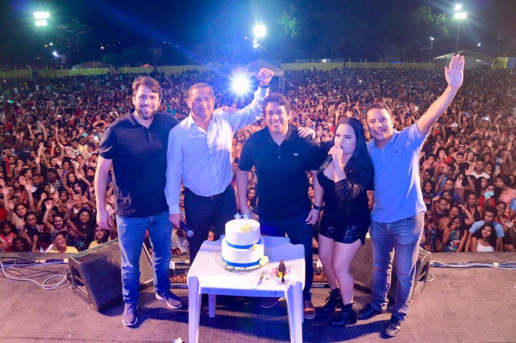 Osmar Filho e Pedro Lucas prestigiam aniversário de 25 anos da Vila Luizão