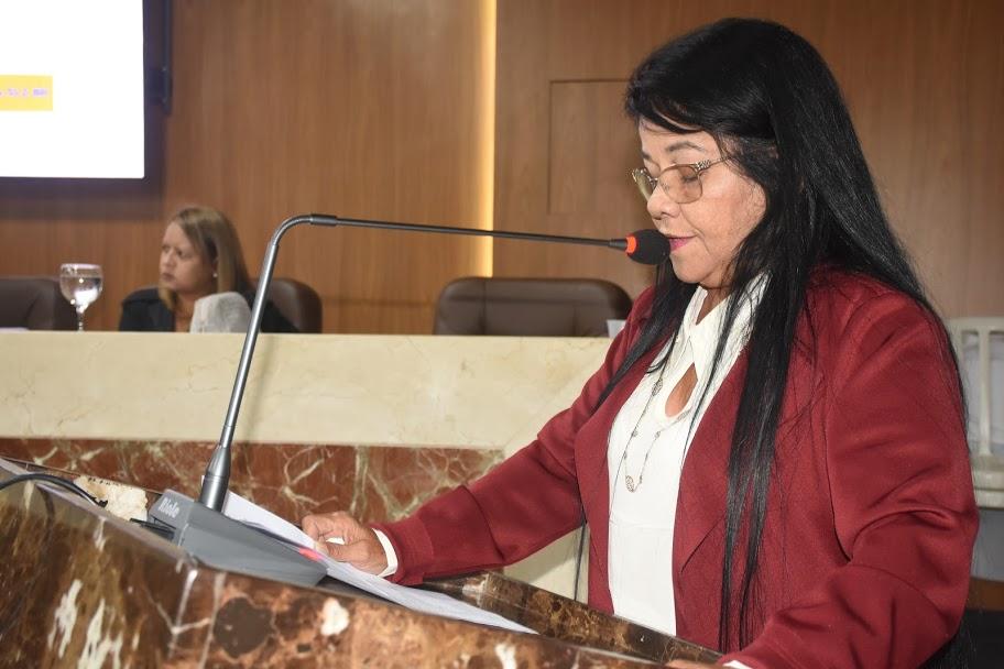 A vereadora Fátima Araújo (PCdoB)