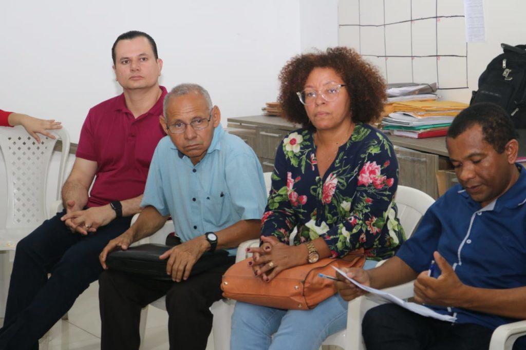 Umbelino Junior participa de reunião com candidatos a conselheiros tutelares
