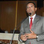Após pedido de Ricardo Diniz, prefeitura antecipa primeira parcela do 13° salário aos servidores municipais