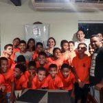 Ricardo Diniz, em parceria com a Abrasel e o Sindebares, promove experiência gastronômica para crianças de escolas públicas da capital