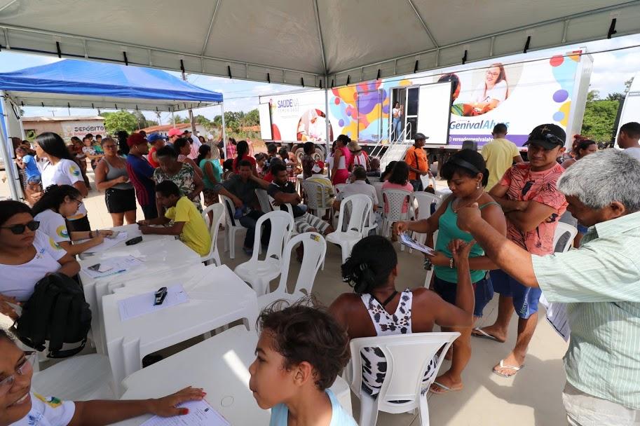 Serviços variados no setor da saúde preventiva foram oferecidos aos moradores.