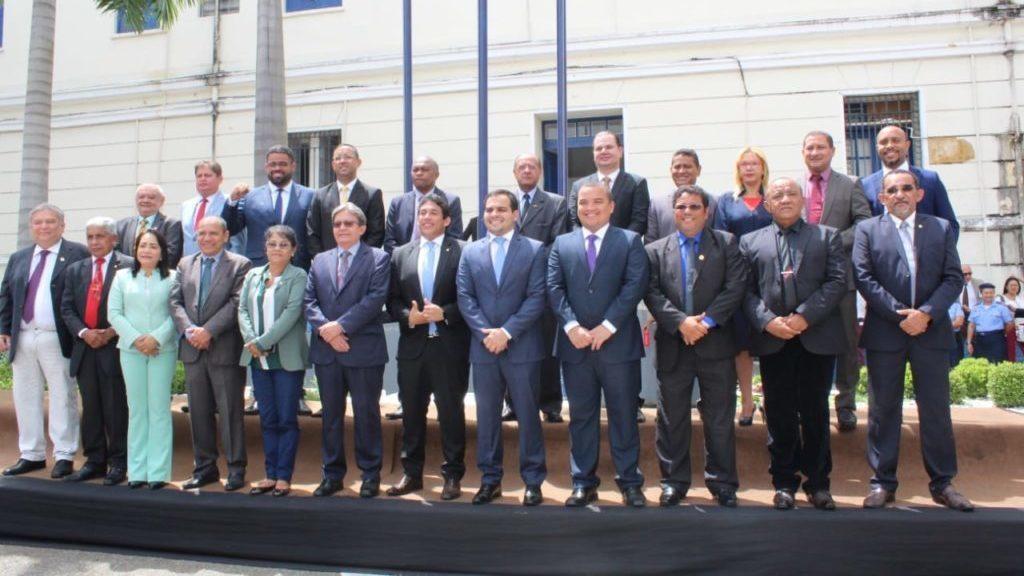 Parlamentares reforçaram a união e destinaram novos recursos para o setor da Saúde.