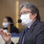 Dr. Gutemberg alerta a população sobre a necessidade de manter os cuidados contra a Covid-19